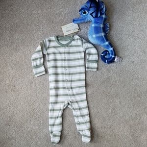 NWT L'ovedbabyOrganic Footed Gloved-Sleeve Overall